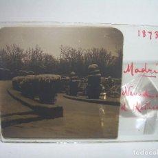 Fotografía antigua: CAJETIN CON 21 CRISTALES ESTEREOSCOPICOS. ..MADRID....EL ESCORIAL..CIRCA 1.900. Lote 90467309