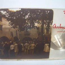 Fotografía antigua: CRISTAL ESTEREOSCOPICO.......ARBUCIAS...BAILE POPULAR.......CIRCA. 1.900. Lote 90741420