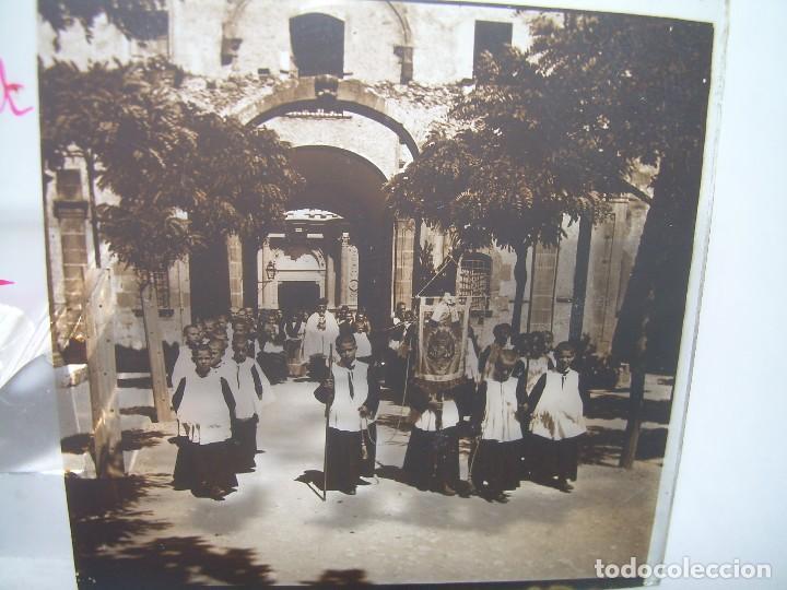 DOS CRISTALES ESTEREOSCOPICOS.......MONTSERRAT...LA ESCOLANIA.......CIRCA. 1.900 (Fotografía Antigua - Estereoscópicas)