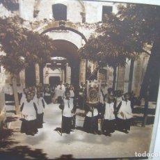 Fotografía antigua: DOS CRISTALES ESTEREOSCOPICOS.......MONTSERRAT...LA ESCOLANIA.......CIRCA. 1.900. Lote 90822150
