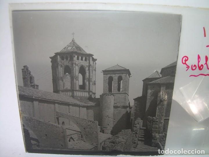CAJETIN 25 CRISTALES ESTEREOSCOPICOS...MONASTERIO POBLET EN RUINAS..ANTES DE SER RECONSTRUIDO CA1910 (Fotografía Antigua - Estereoscópicas)