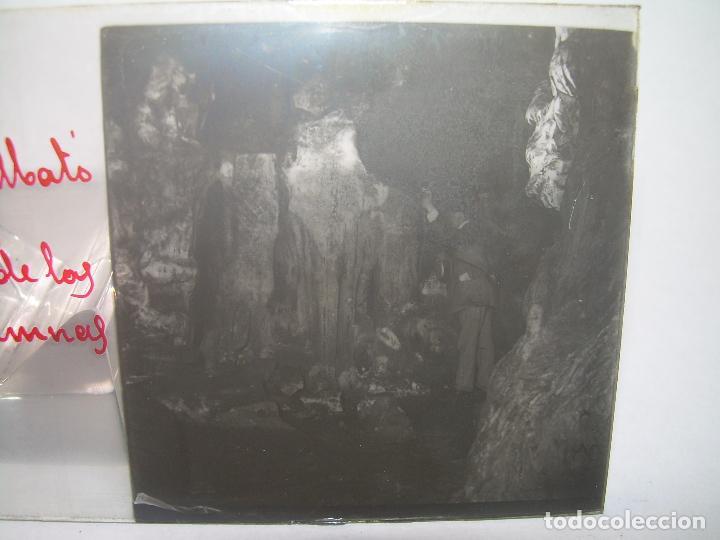 Fotografía antigua: DIECINUEVE CRISTALES ESTEREOSCOPICOS.....CUEVAS DE COLLBATÓ.....CIRCA..1.900 - Foto 12 - 93849970