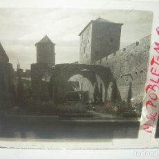 Fotografía antigua: CINCO CRISTALES ESTEREOSCOPICOS......MONASTERIO POBLET....CIRCA. 1.900. Lote 94491542