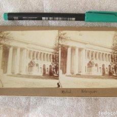 Fotografía antigua: FOTOGRAFÍA ESTEREOSCÓPICA DE LA ESTATUA DE VELAZQUEZ. MUSEO DEL PRADO. FINALES DEL SIGLO XIX. Lote 105902495
