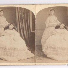 Fotografía antigua: ESTEREO 9X17 CM. SIGLO XIX PAREJA DE CHICAS, SIN DATOS. Lote 107910023
