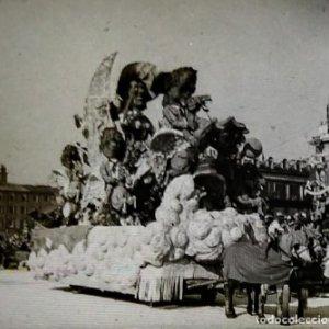 Carnaval de Niza. 12 positivos estereoscópicos sobre film en su caja original. Fotos Estereoscópicas