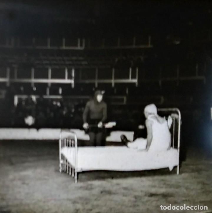 Fotografía antigua: LE CIRQUE BOUGLIONE 10 positivos estereoscópicos sobre film en caja original - circo - payasos - Foto 3 - 117385931