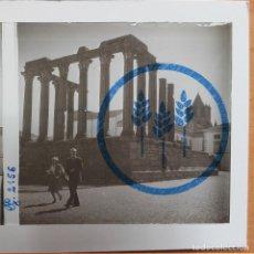 Fotografía antigua: PORTUGAL - EVORA - TEMPLO DE DIANA - CRISTAL ESTEREOSCÓPICO - FOTOGRAFÍA ÚNICA. Lote 117441959