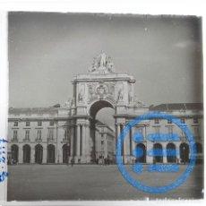Fotografía antigua: PORTUGAL - LISBOA - PLAZA DEL COMERCIO - CRISTAL ESTEREOSCÓPICO - FOTOGRAFÍA ÚNICA. Lote 117542231