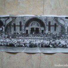 Fotografía antigua: LXIII PEREGRINACIÓ DE LA HOSPITALIDAD DE BARCELONA A LOURDES (22/06/1967).. Lote 121220063