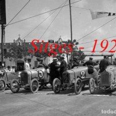 Fotografía antigua: CARRERAS - PENYA RHIN - SITGES - 1920'S - NEGATIVO DE ACETATO - 6 X 6 CM. . Lote 123467799