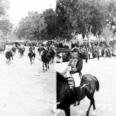 Fotografía antigua: VALENCIA - CORONACION, REINA VICTORIA EUGENIA - NEGATIVO EN CRISTAL ESTEREOSCOPICO - AÑOS 1920-30. Lote 128365239