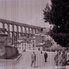 Fotografía antigua: SEGOVIA. ACUEDUCTO. CALLES.C. 1950. Lote 128504183