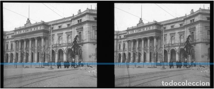 Fotografía antigua: MADRID -POSITIVO EN CRISTAL ESTEREOSCOPICO -192O-BOLSA DE COMERCIO- ADOQUINANDO - Foto 2 - 130722004