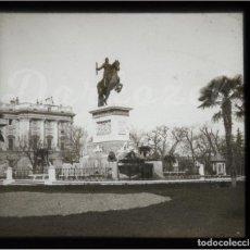 Fotografía antigua: MADRID -POSITIVO EN CRISTAL ESTEREOSCOPICO - MONUMENTO FELIPE IV-PALACIO NACIONAL. Lote 131715522