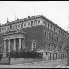 Fotografía antigua: MADRID- 2 POSITIVOS CRISTAL REAL ACADEMIA Y CONGRESO DIPUTADOS 1920. Lote 132387938