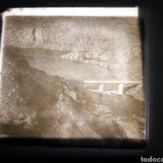 Fotografía antigua: PUENTE VIEJO. LOZOYA. FOTOGRAFÍA ESTEREOSCOPICA EN CRISTAL.. Lote 136698349