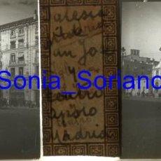 Fotografía antigua: MADRID, IGLESIA S. JOSE Y TEATRO APOLO. ALFONSO XIII. BODAS REALES - CRISTAL POSITIVO ESTEREO. 1906. Lote 143777898
