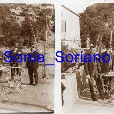 Fotografía antigua: MONTSERRAT, BARCELONA, CERCA DEL HOTEL SANTUARIO? - CRISTAL ESTEREOSCOPICO - PRINCIPIO 1900. Lote 143926710