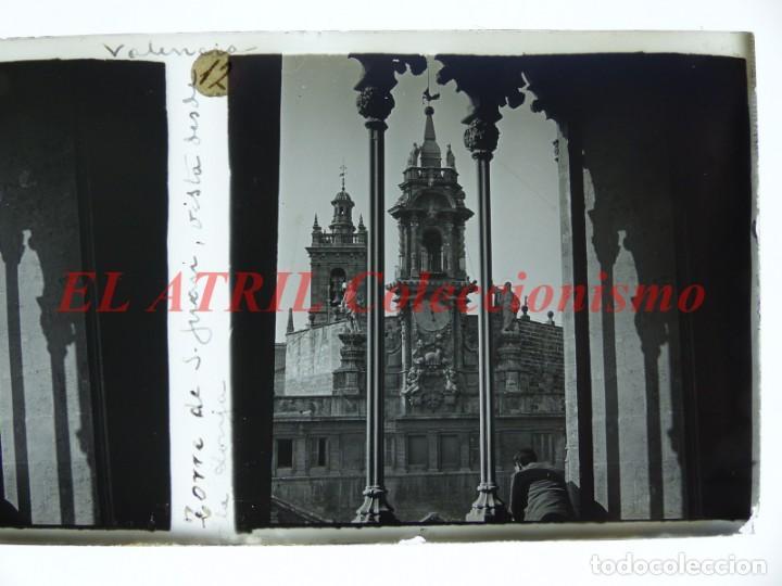 Fotografía antigua: VALENCIA TORRE DE SAN JUAN VISTA DESDE LA LONJA - POSITIVO EN CRISTAL ESTEREOSCOPICO - AÑOS 1920 - Foto 2 - 144462430