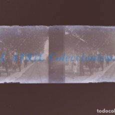 Fotografía antigua: VALENCIA O PROVINCIA - ESTACION DEL TREN - NEGATIVO EN CRISTAL ESTEREOSCOPICO - AÑOS 1920-30. Lote 154065410