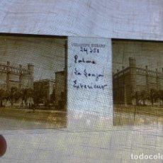 Fotografía antigua: PALMA DE MALLORCA LA LONJA PLACA ESTEREOSCOPICA EN CRISTAL 4 X 10,5 CMTS HACIA 1900. Lote 155688494