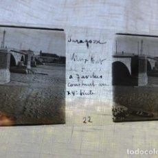 Fotografía antigua: ZARAGOZA PUENTE DE PIEDRA PLACA ESTEREOSCOPICA EN CRISTAL 4 X 10,5 CMTS HACIA 1900. Lote 155689518