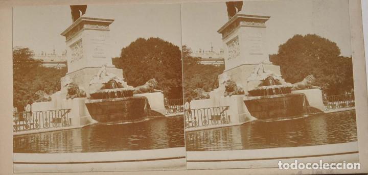 Fotografía antigua: ESTEREOSCÓPICA.- MADRID.- FUENTE PLAZA DE ORIENTE. MONUMENTO A FELIPE IV. - Foto 2 - 156557898