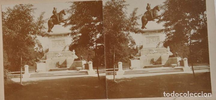 Fotografía antigua: ESTEREOSCÓPICA.- MADRID.- ESTATUA FELIPE IV. JARDINES PLAZA DE ORIENTE - Foto 2 - 156561422