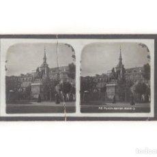 Fotografía antigua: ESTEREOSCÓPICA.- MADRID.- PLAZA MAYOR.. Lote 166039182
