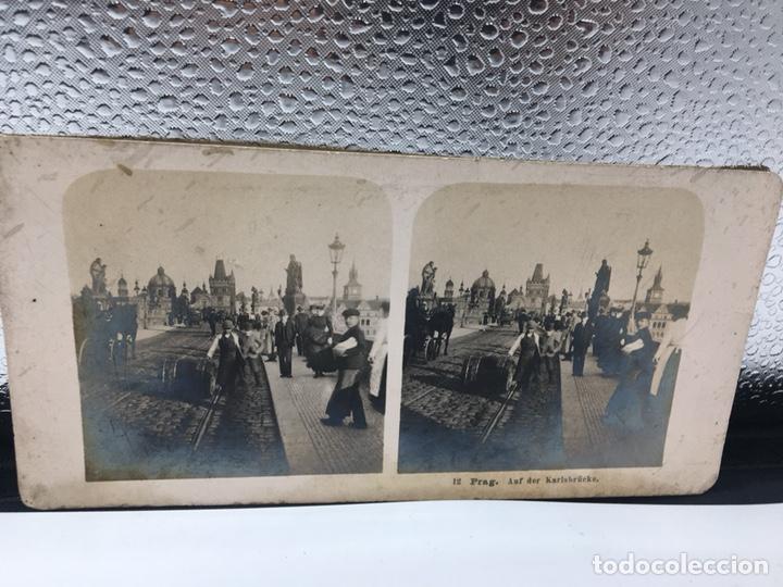 Fotografía antigua: FOTOGRAFIA ESTEREOSCOPICA DE PRAGA SOBRE EL PUENTE DE CARLOS NUM 112 PRAG. AUF DER KARLSBRÜKE - Foto 3 - 167950020