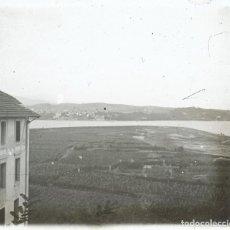 Fotografía antigua: HENDAYA DESDE FUNTERRABIA 1920 POSITIVO CRISTAL ESTEREOSCOPICO. Lote 171310929