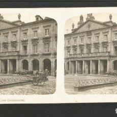 Fotografía antigua: VITORIA-GASTEIZ-CASA CONSISTORIAL-FOTOGRAFIA ESTEREOSCOPICA-VER REVERSO-(V-17.512). Lote 175547647
