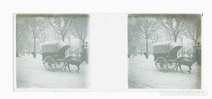 Fotografía antigua: Barcelona. Plaza de Catalunya. Carruaje. Nevada del 1913 - Foto 2 - 177720333
