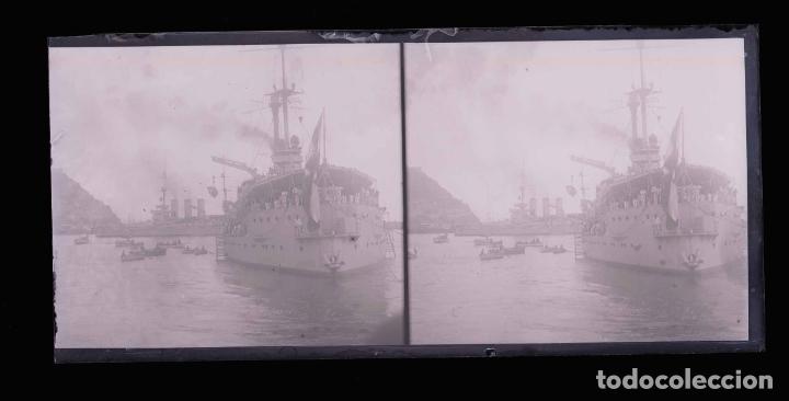Fotografía antigua: BARCELONA. Puerto. Grandes buques de guerra. c.1930 - Foto 2 - 178072943