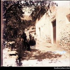 Fotografía antigua: CHULILLA NEGATIVO CRISTAL. Lote 178532250