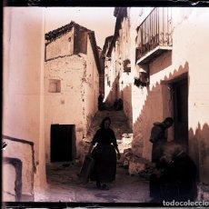 Fotografía antigua: CHULILLA NEGATIVO CRISTAL. Lote 178543672
