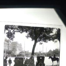 Fotografía antigua: PLACA ESTEREOSCÓPICA CRISTAL EN POSITIVO MADRID 1930 PLAZA CIBELES. Lote 187164408