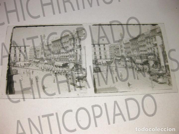 Fotografía antigua: Lote de 5 placas estereoscópicas de Trenes y Tranvías. Desfile Militar. Principios siglo XX. - Foto 2 - 194077245