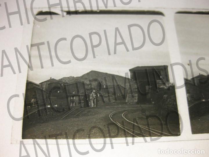 Fotografía antigua: Lote de 5 placas estereoscópicas de Trenes y Tranvías. Desfile Militar. Principios siglo XX. - Foto 9 - 194077245
