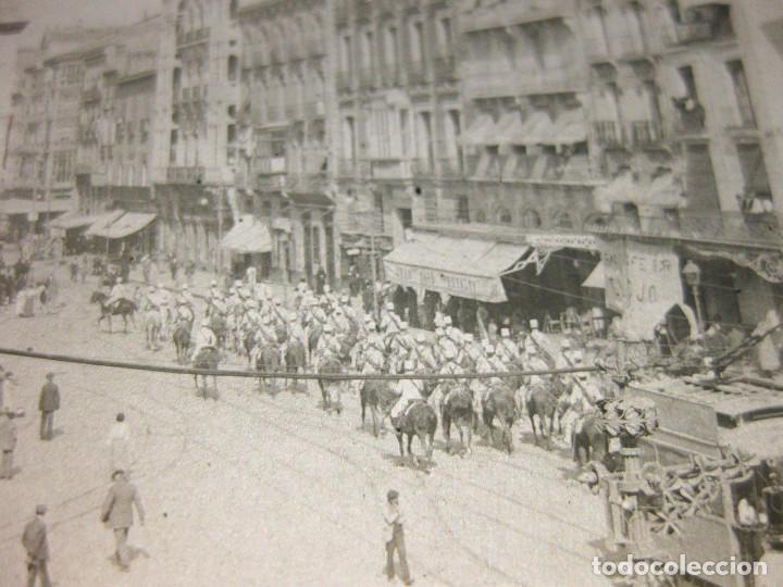 Fotografía antigua: Lote de 5 placas estereoscópicas de Trenes y Tranvías. Desfile Militar. Principios siglo XX. - Foto 3 - 194077245