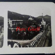 Fotografía antigua: GAUDÍ - PARK GÜELL - 1920. Lote 194128482