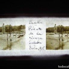 Fotografía antigua: FOTO POSITIVO EN CRISTAL ANTIGUO BASELLA - LERIDA. 1918.. Lote 194680241