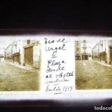 Fotografía antigua: FOTO ANTIGUA EN PLACA DE CRISTAL ESTEREOSCOPICA SEO DE URGEL - LERIDA 1918.. Lote 194684475