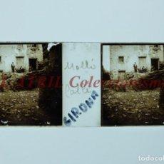 Fotografía antigua: MOLLÓ, GERONA, VISTA CALLE - POSITIVO EN CRISTAL ESTEREOSCOPICO - AÑOS 1920-1930. Lote 195228310