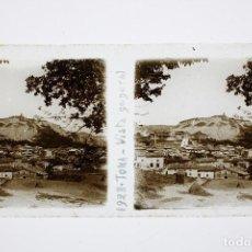 Fotografía antigua: TONA - VISTA GENERAL, AÑO 1923. CRISTAL POSITIVO ESTEREO 6X13 CM.. Lote 197482898