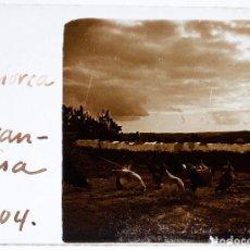 Fotografía antigua: MENORCA - S'ARENJASSA, CRISTAL POSITIVO ESTEREO 10X4 CM.. Lote 198084435
