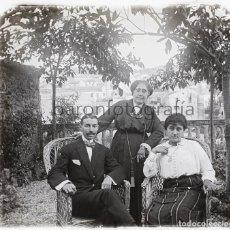 Fotografía antigua: CATALUÑA, RETRATOS Y PUEBLO A IDENTIFICAR, 1920'S. 3 CRISTALES POSITIVOS ESTEREO 4X10 CM.. Lote 199187882