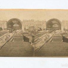 Fotografía antigua: TORINO - STAZIONE DALL' INTERNO. FOTO: GIACOMO BROGI. ALBÚMINA 8,5X17,5 CM.. Lote 199255855