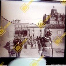Fotografía antigua: PLACA ESTEREOSCÓPICA ORIGINAL EN NEGATIVO SALAMANCA DESFILE MILITAR 1920FOTÓGRAFO ANSEDE SALAMANCA. Lote 209933155